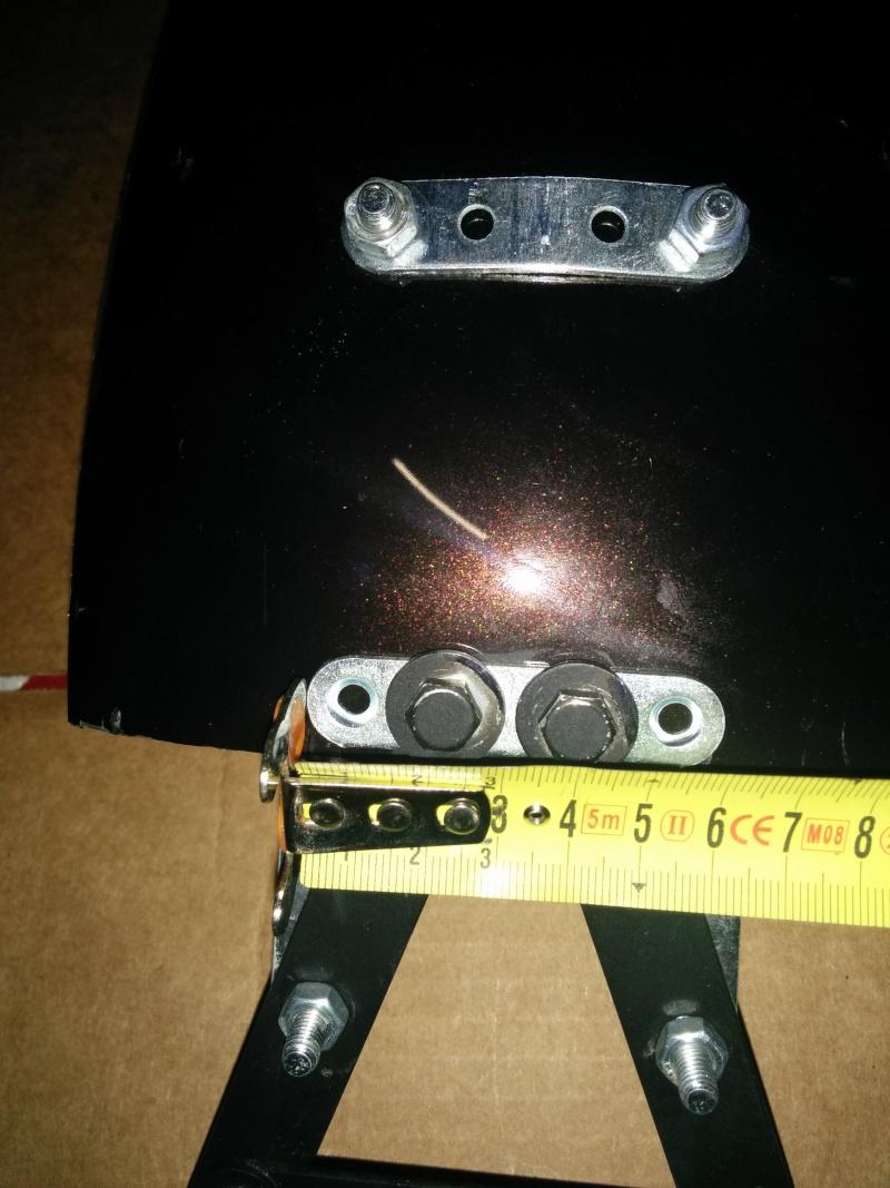 800VN - Tuto pour les nuls: garde boue arrière avec les moyens du bord pour style bobber!!!! Img_2031