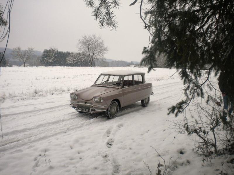 """PEUGEOT 404 coupé """"LaTiNa PrOjEcT""""  Vol 2  >> - Page 31 Dscn7010"""