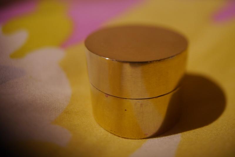 Pilulier / petite boite P1080410
