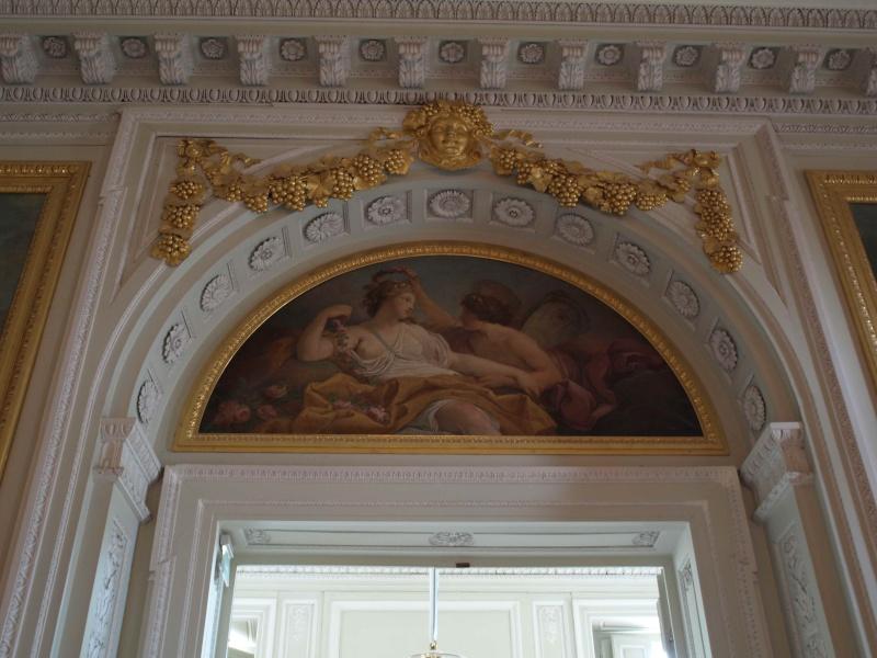 La visite du Petit Trianon: La salle à manger - Page 2 14_oct58