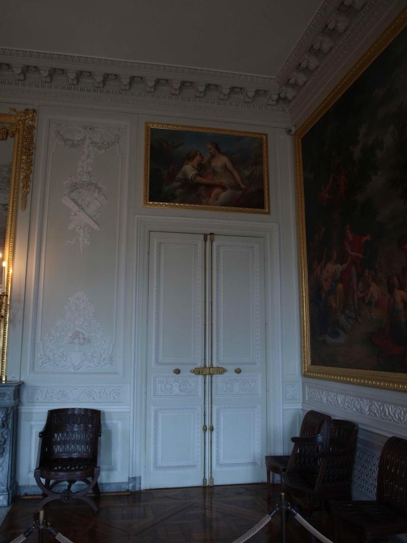 La visite du Petit Trianon: La salle à manger - Page 2 14_oct59