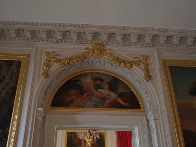 La visite du Petit Trianon: La salle à manger - Page 2 14_oct60