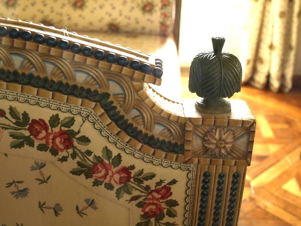 Trianon - La visite du Petit Trianon: La chambre de la Reine 14_oct70