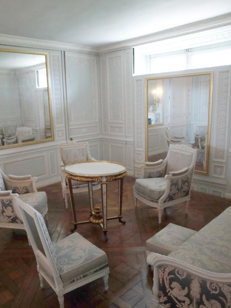 Boudoir ou Cabinet des glaces mouvantes au Petit Trianon 14_oct77