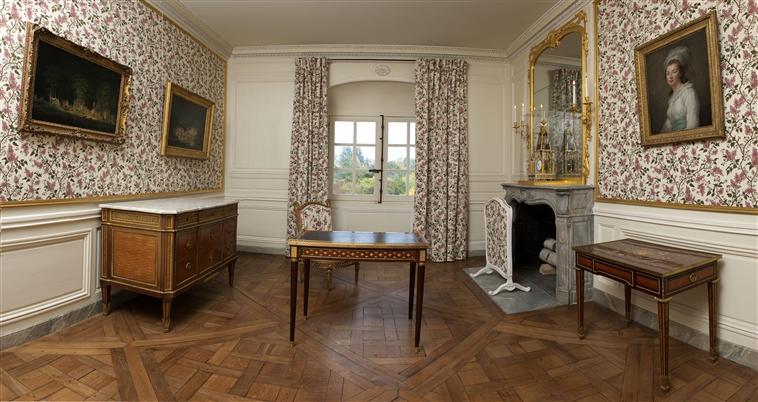 visite - Visite Petit Trianon: Petit Salon de Mme Elisabeth Petit113