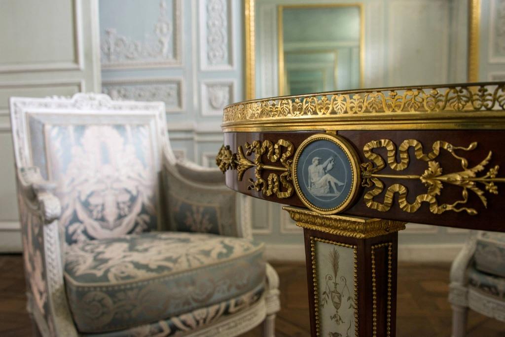 glaces - Boudoir ou Cabinet des glaces mouvantes au Petit Trianon Petit119