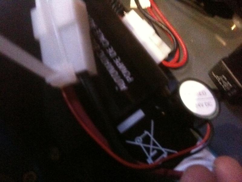 Astuce installation d'un buzzer sur pompe vide cale Buzzer11