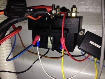 Télécommande sans fil du guindeau - Page 3 Relais10