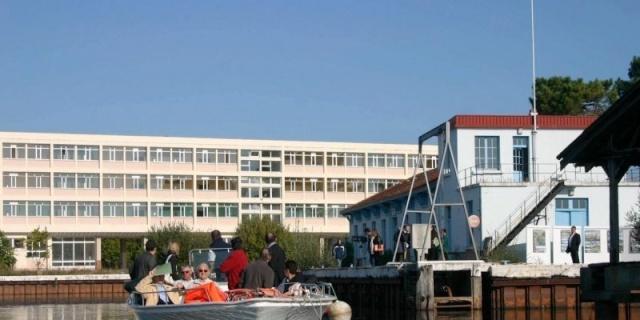Projet de complexe de vacances a l ancien CFM Contaut a Hourtin 14258110