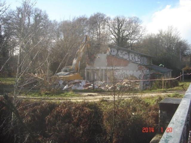 La Maison du pont du canal a Lacanau rasée 15206810