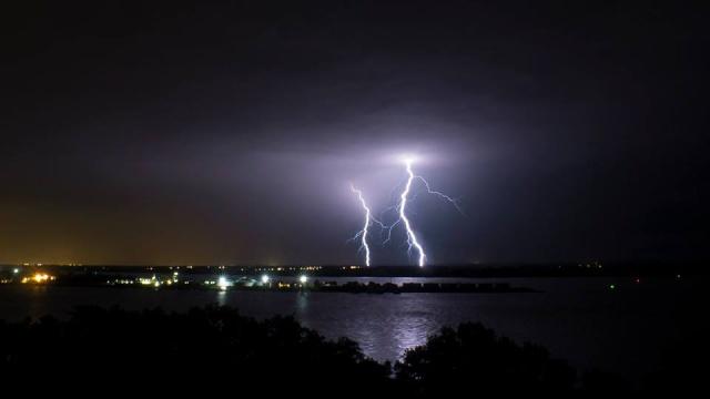 Chasseur d'orages  9514_510