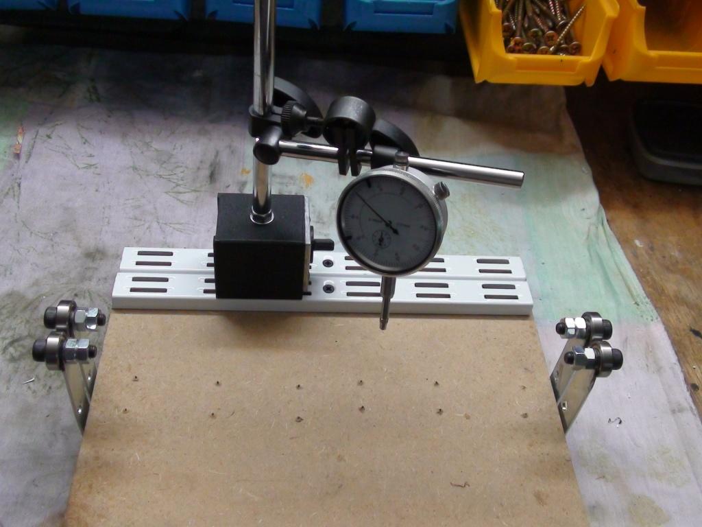 fabrication maison pour verifier la ligne et le voilage du canon Dsc01313