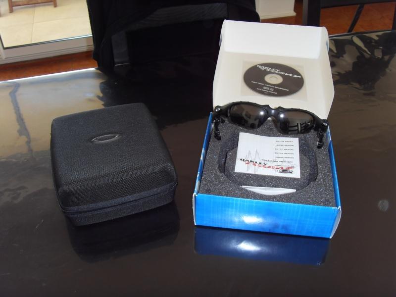 [VENDU] Lunette Oakley Thump 256 MB, verres Polarisés 00811