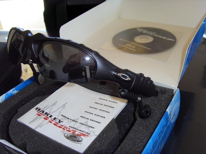[VENDU] Lunette Oakley Thump 256 MB, verres Polarisés 01011