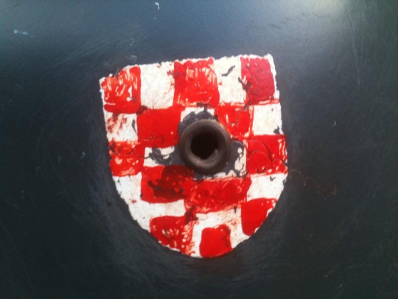 Casque allemand Mle 56/66 pour la Croatie ? _5719