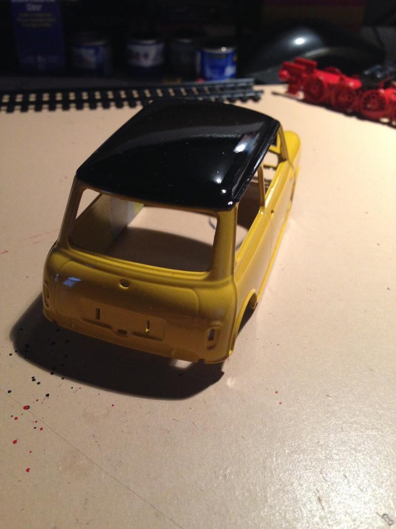 Austin Mini Cooper 998 Mk.I (Revell) Img_9914