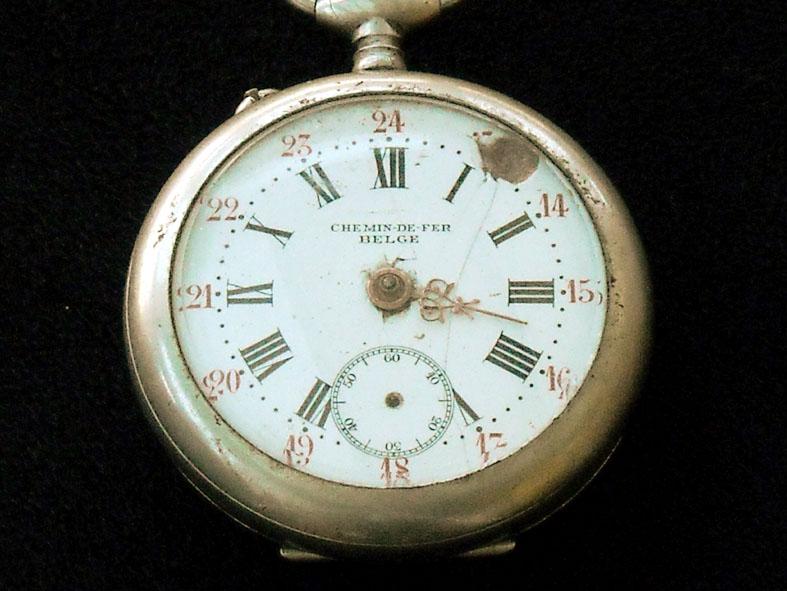 outillage - Un post qui référence les montres de brocante... tome II - Page 42 Cdfb310