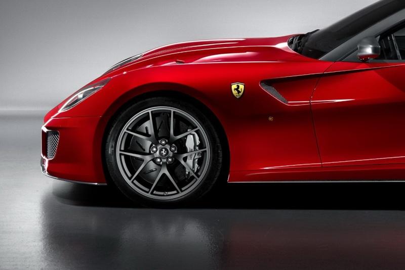 1:24 Ferrari 599 GTO by Revell Ferrar14