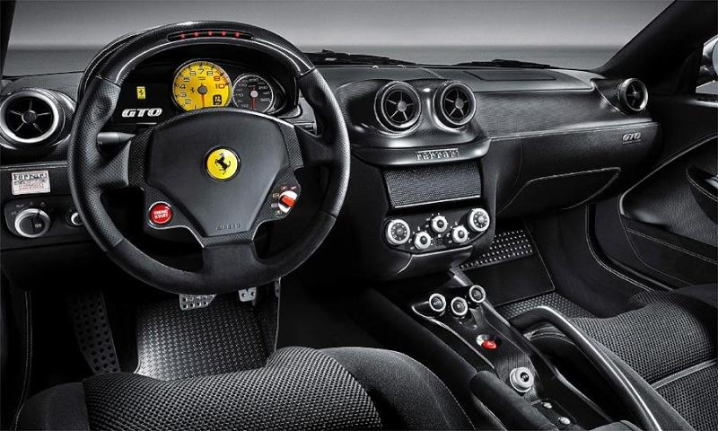 1:24 Ferrari 599 GTO by Revell Ferrar15