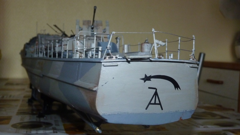 schnellboot s-100 ITALERI 1/35 transformable RC - Page 3 P1020816
