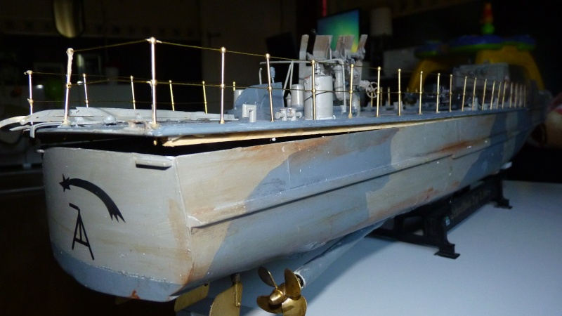 schnellboot s-100 ITALERI 1/35 transformable RC - Page 5 P1030311