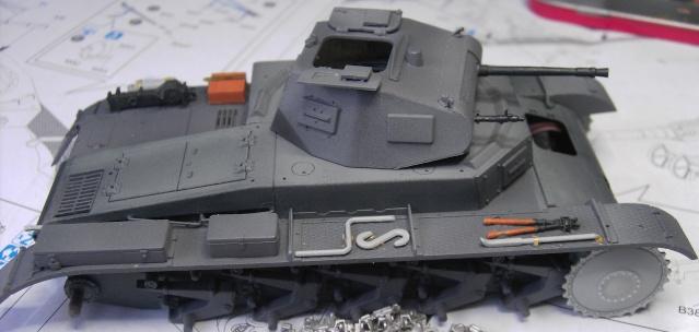 Pz.Kpfw. II Ausf. B in 1:35 von Dragon Pict3341