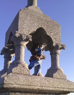 [Histoires et Histoire] Monuments aux morts originaux Français Tome 1 - Page 12 Mortlo10