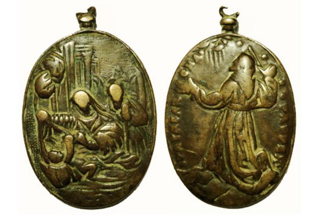ICONOGRAFIA de la NATIVIDAD en las medallas devocionales Conuba12