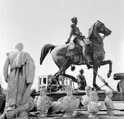 ALGERIE, statue du Duc d'Orléans, le saviez vous ? 1962_d11