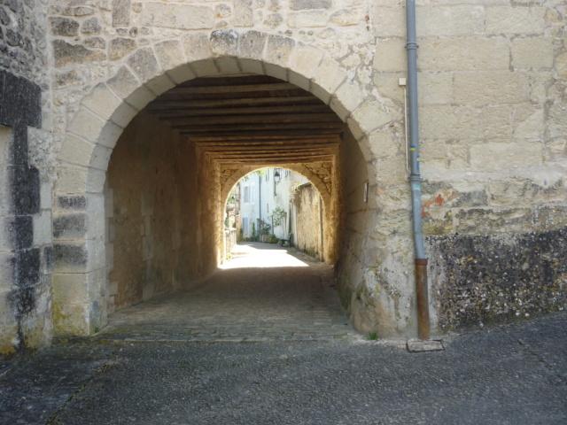 C.R Aubeterre sur Dronne en Charente Aubete45
