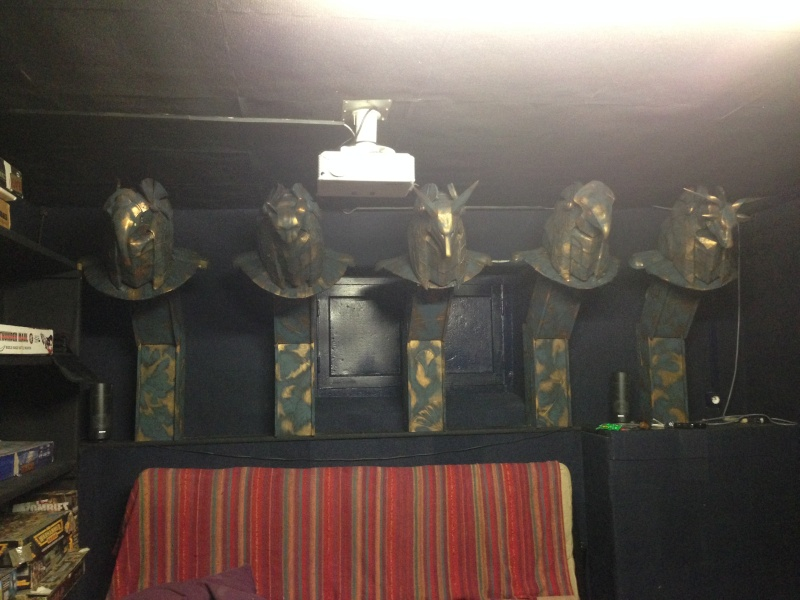 [TERMINE] stargate: bustes Anubis,Horus,Bastet,Thot,Khnoum - Page 2 Img_1111