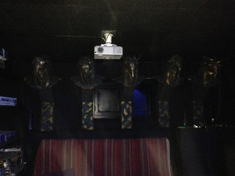 [TERMINE] stargate: bustes Anubis,Horus,Bastet,Thot,Khnoum - Page 2 Img_1112