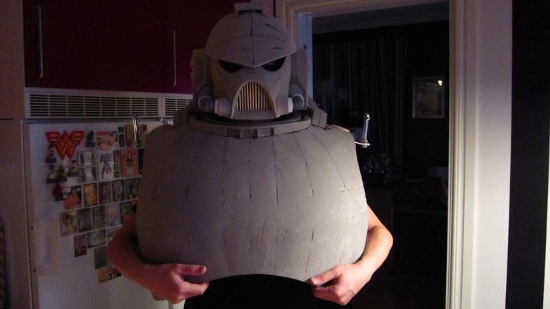 création : l'armure de l'Empereur en taille réelle Img_2510