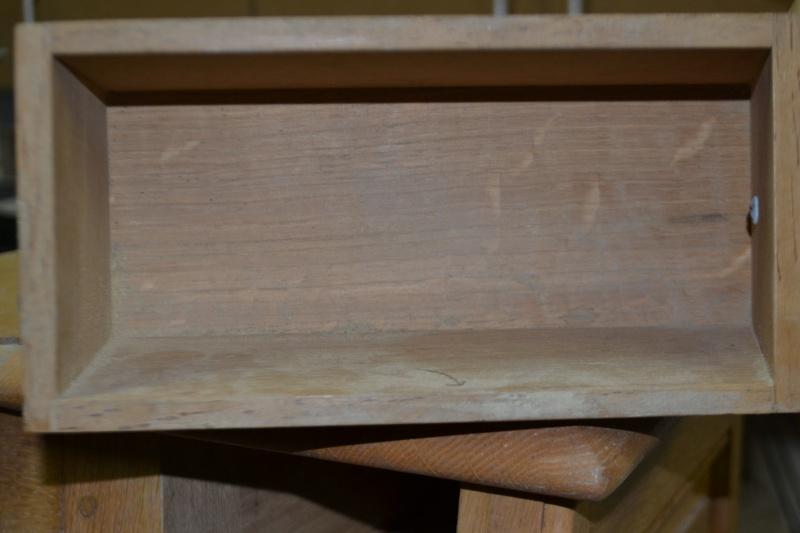 un petit meuble Dsc_0064