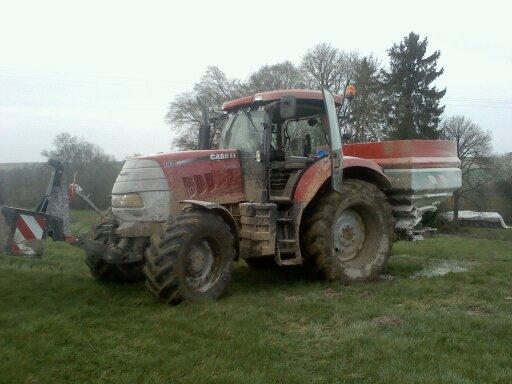 Concours du tracteur le plus cradingue - Page 10 Cha10