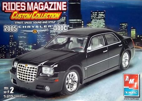 Chrysler 300C AMT 1/25 Amt-0510