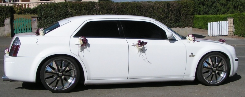 Chrysler 300C AMT 1/25 Vrai_c12
