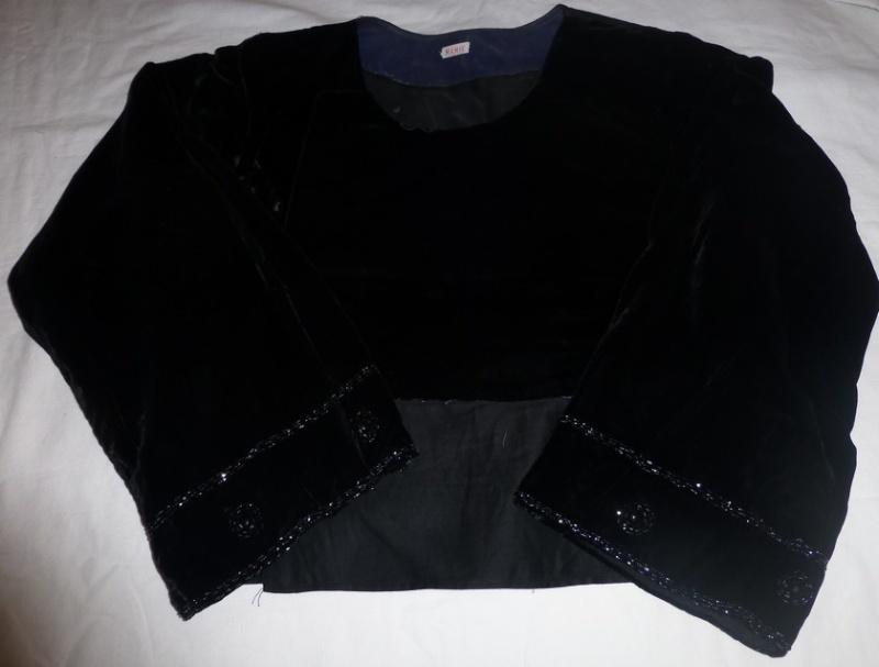 costume Glazik tout noir Costum12