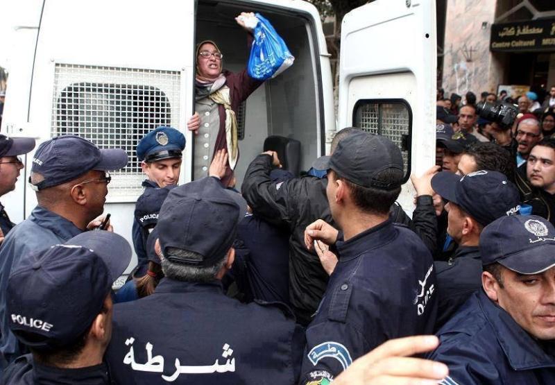 Liberté d'expression en Algerie ! 17947111