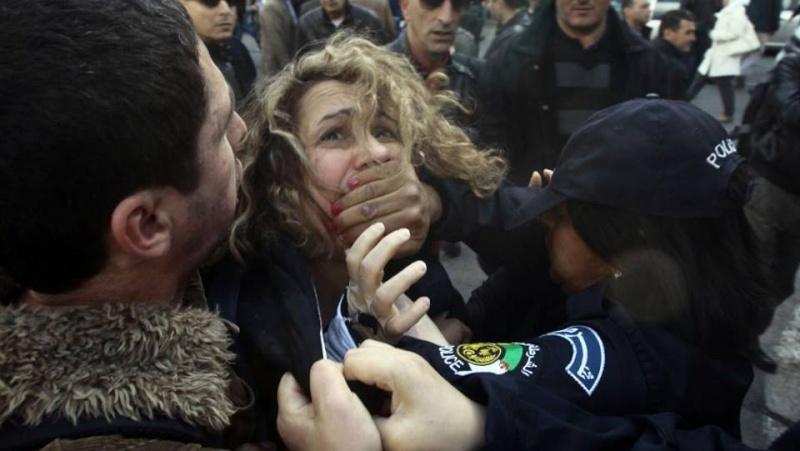 Liberté d'expression en Algerie ! Dscf1614