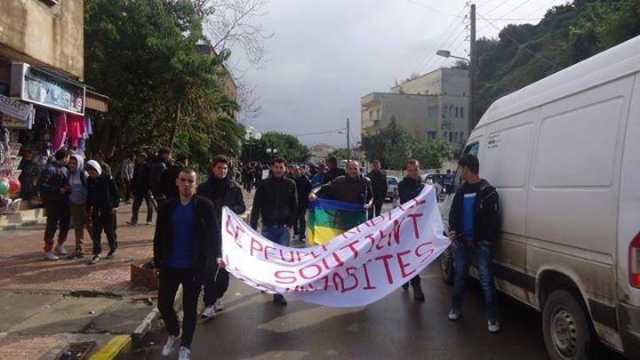 Rassemblement de solidarité avec les mozabites à Aokas! - Page 3 Mzab29