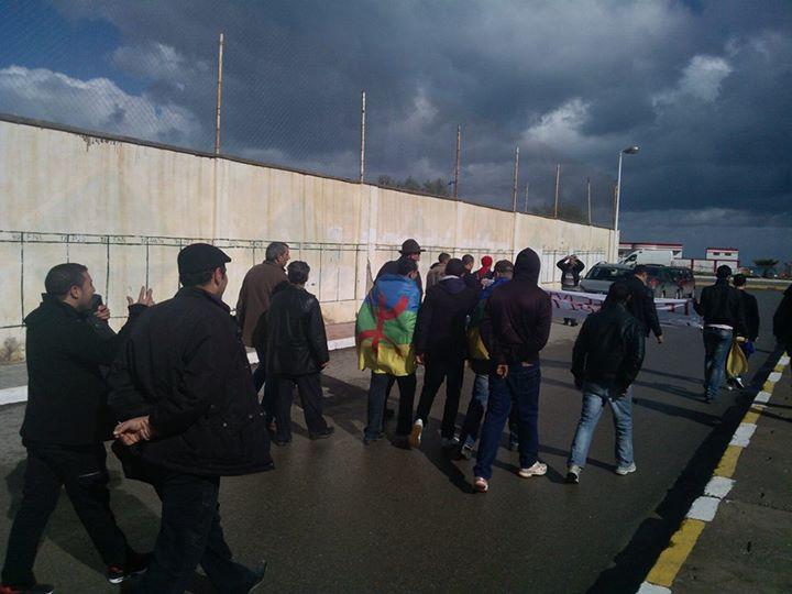 Rassemblement de solidarité avec les mozabites à Aokas! - Page 3 Mzab32