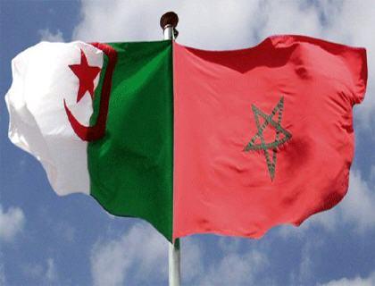 أنا مغربية و أعشق الجزائر Drapea10