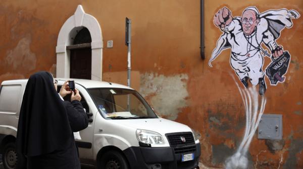 Marie, Reine de la paix, à Sulema 30 novembre 2013 : Je vous ai prédit la grave crise de l'Église 33110910