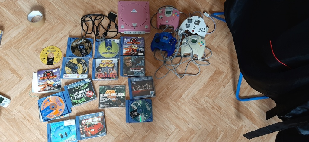 Console Dreamcast rose custom + 12 jeux et 4 manettes 20200514
