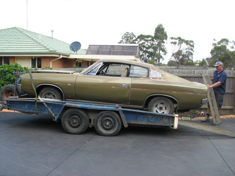 Car of the Month  Graeme's Stunning 71 Charger 00110