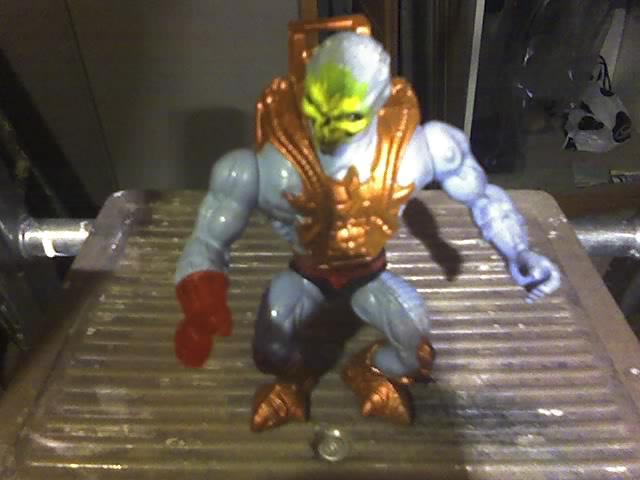 Skeletor laser light MOTU 14-11-27
