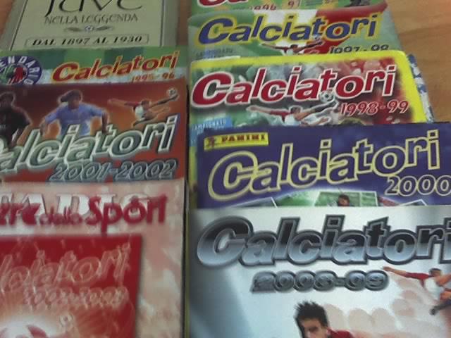 Album figurine calciatori 24-10-11
