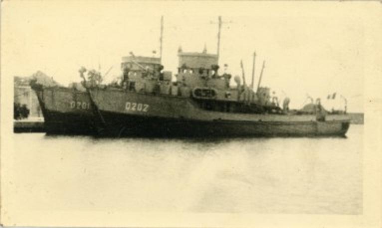 * DRAGUEUR D 202 (1944/1944) * 2711