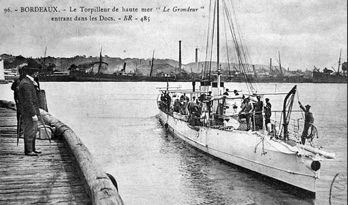 + TORPILLEUR/CONTRE-TORPILLEUR/RELEVEUR DE TORPILLES + Belgie10